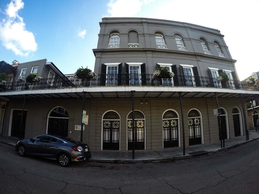 Side shot of the LaLaurie Mansion.