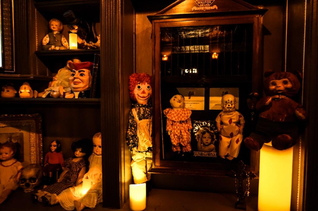 Doll display in Zak Bagans' The Haunted Museum.