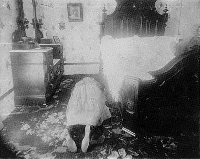 Crime scene photo of Abby Borden.