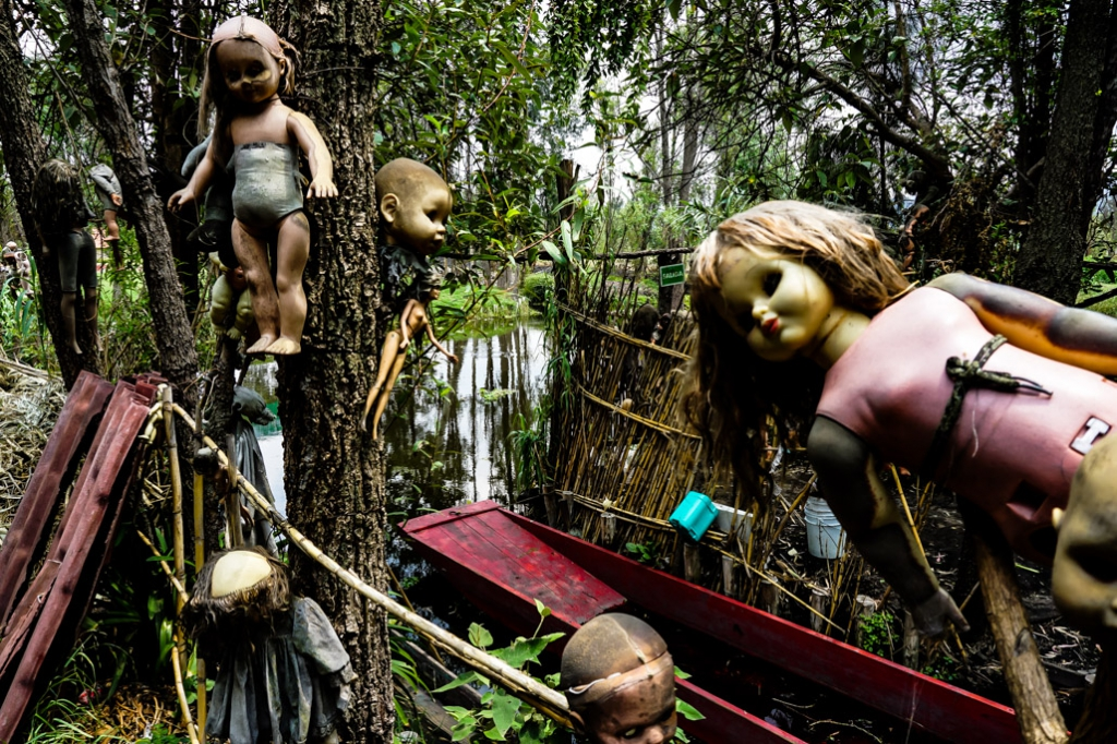 Creepy dolls on Doll Island.