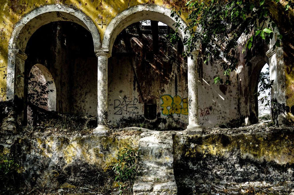 Haunted Ghost town in Mexico called Misnebalam.