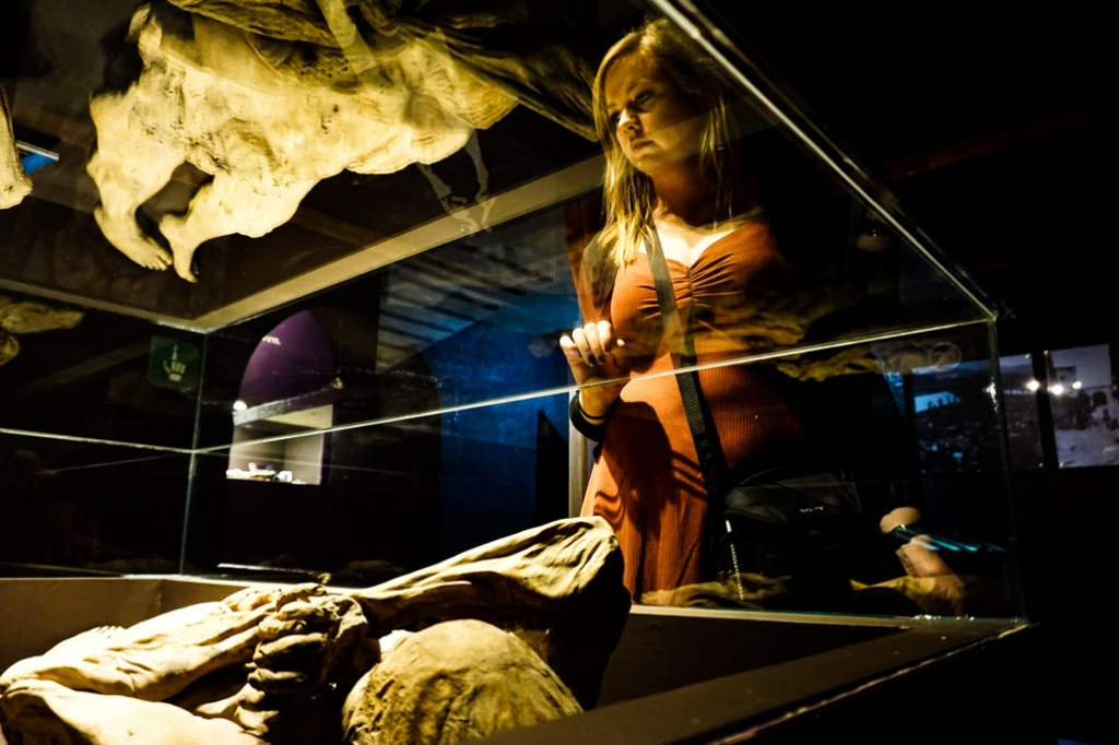 Buried alive woman now at the Museo de las Momias.