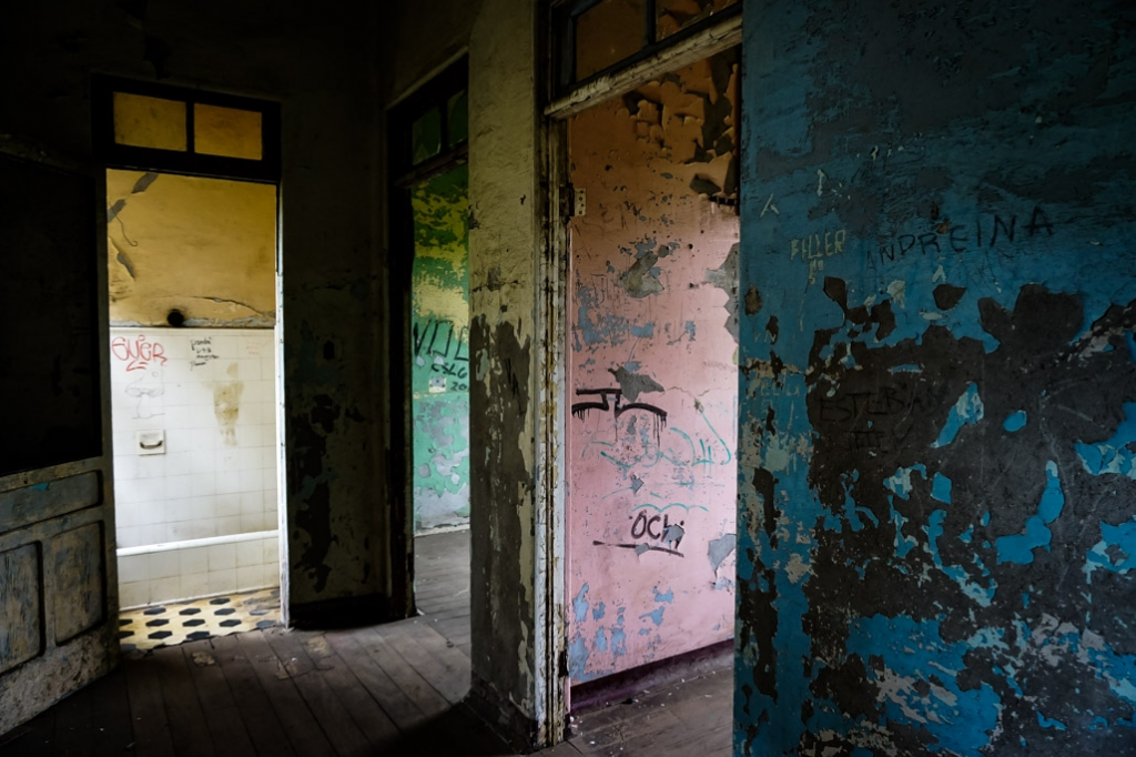 Insane asylum abandoned Costa Rica.