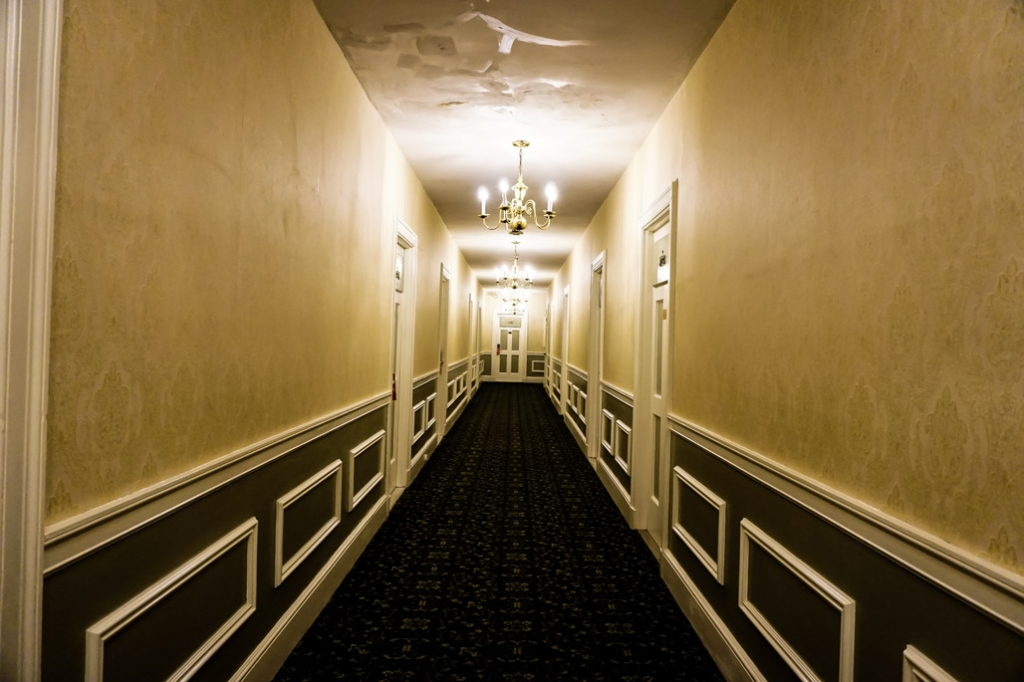 Haunted hotel in Salem Massachusetts, Hawthorne Hotel.