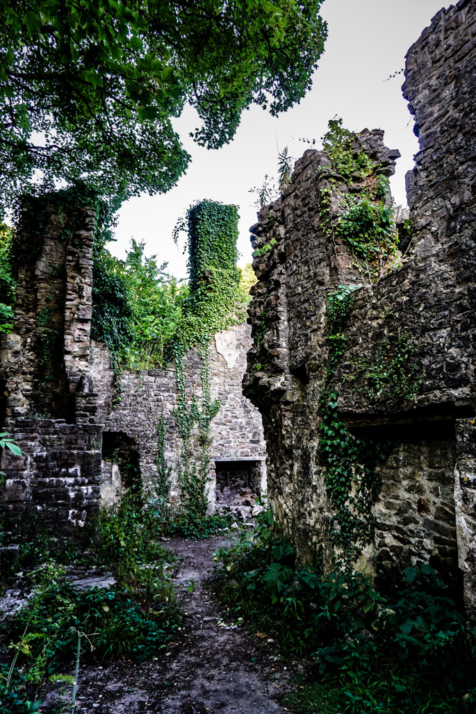 Cadleston Castle haunted place in Wales.