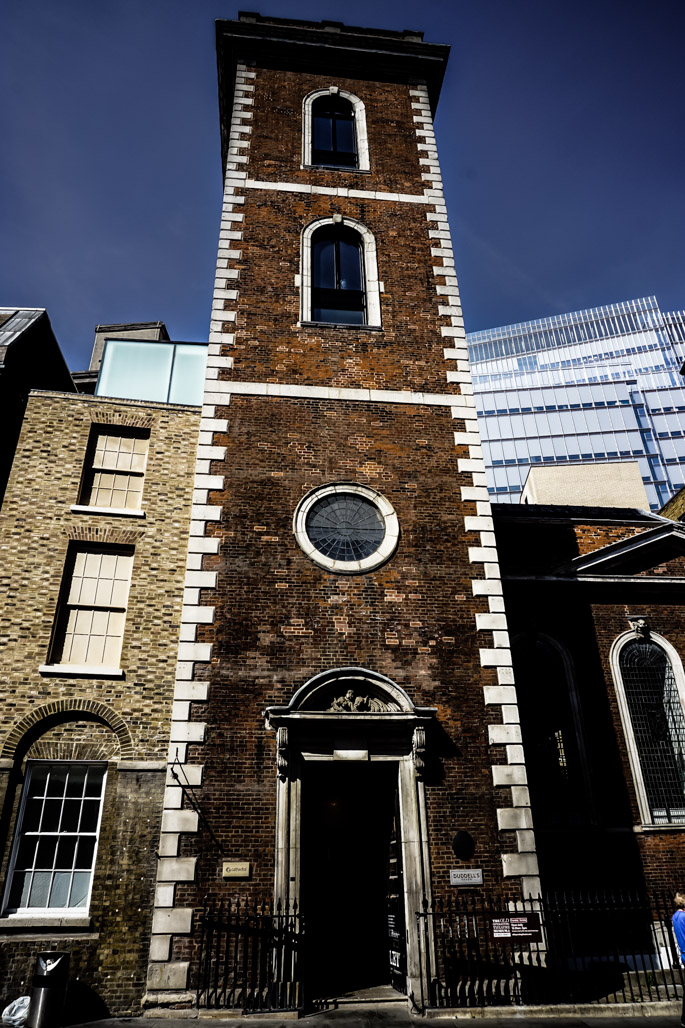 Church where London's old operating theater exists.