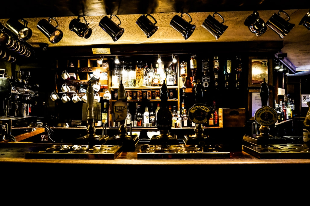 Ghosts of the Golden Fleece Inn or York.