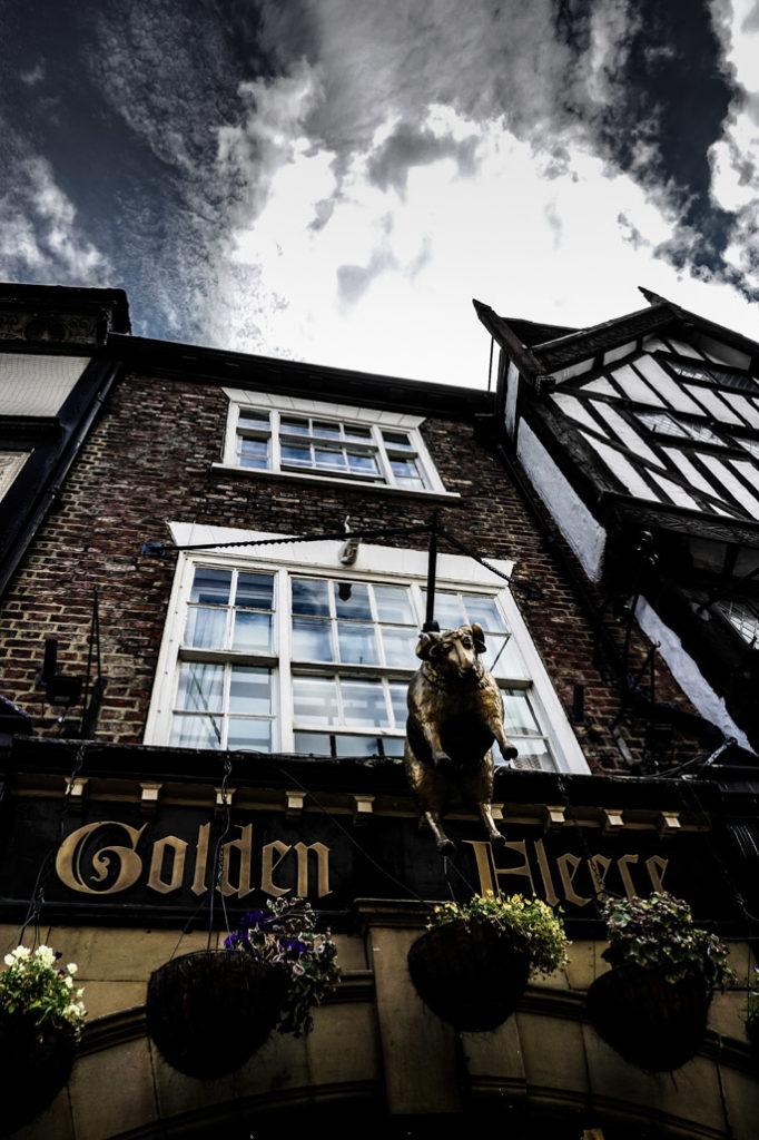 Golden Fleece Pub, York.