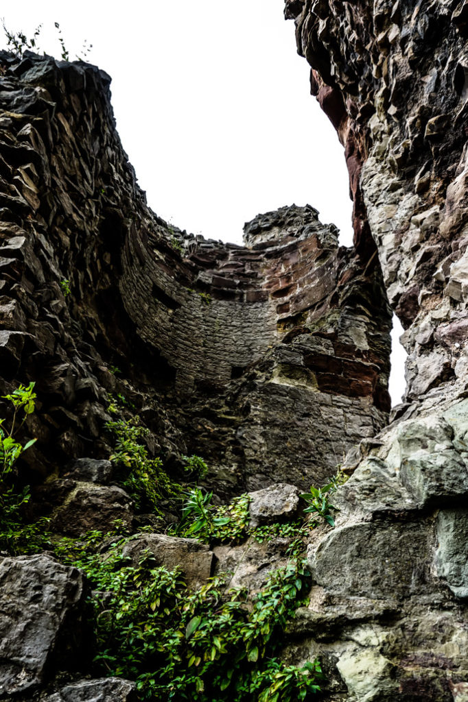Denbigh Castle ghosts.