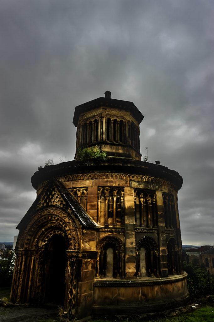 Monument at the Glasgow Necropolis.