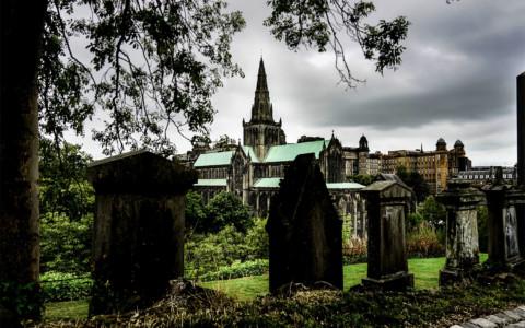 Glasgow Necropolis Ghosts & the Gorbals Vampire