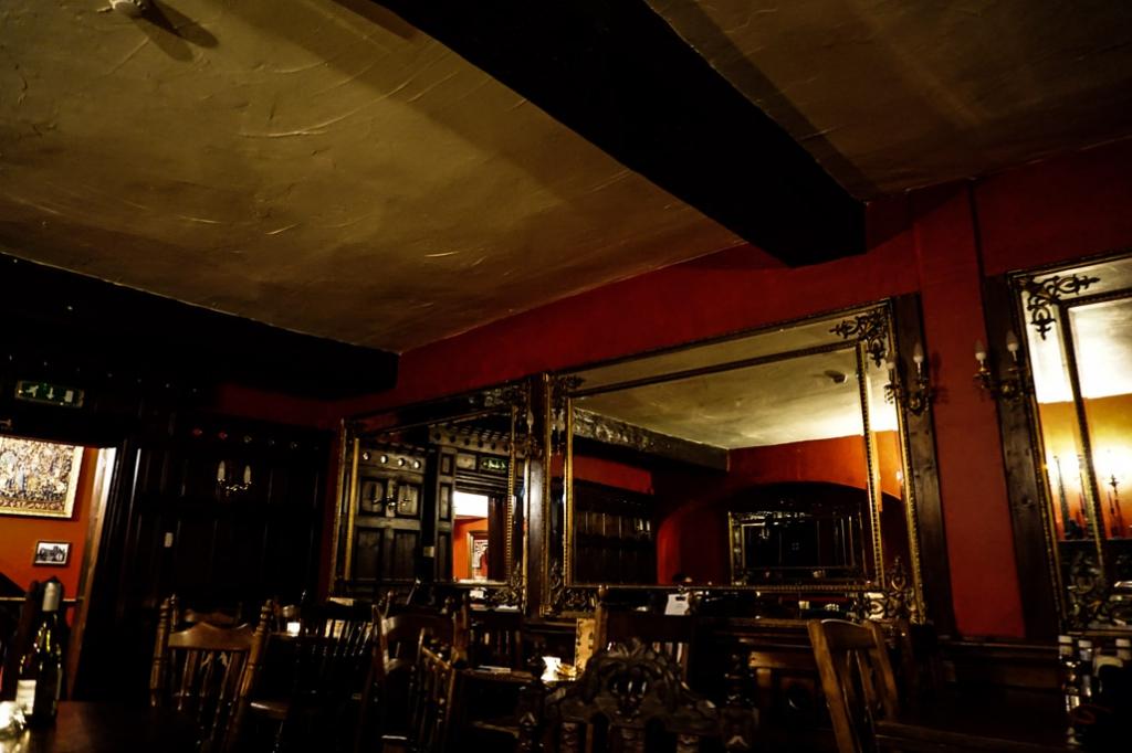 Spooky Golden Fleece Inn, York.
