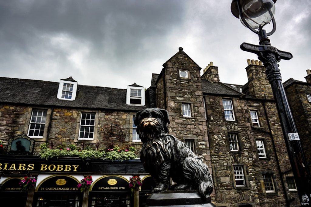 Greyfriar Bobby statue in Edinburgh.