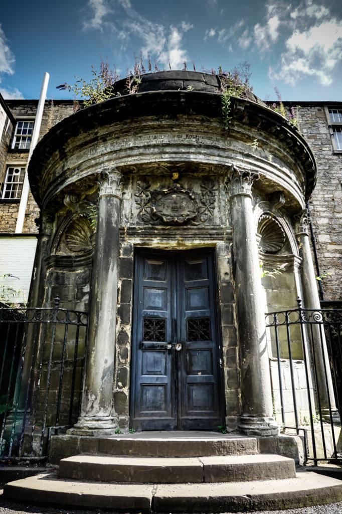Mackenzie Poltergeist mausoleum.