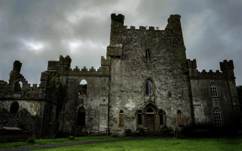 Leap Castle Ghosts and Haunted History