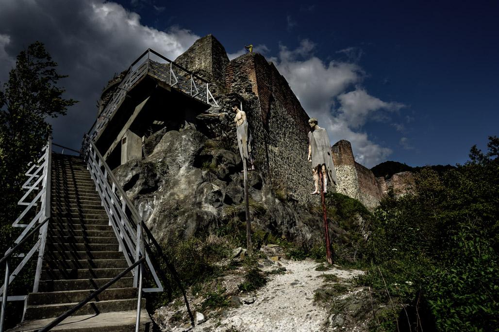 Poenari Fortress impaled people.