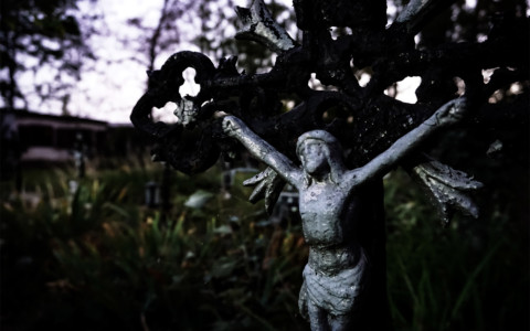 Cemetery of the Nameless Ghosts: Friedhof der Namenlosen
