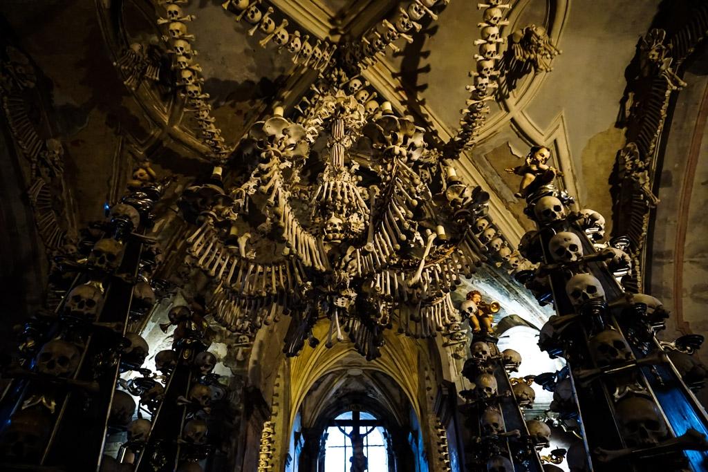 Chandelier of human bones in Sedlec Ossuary.