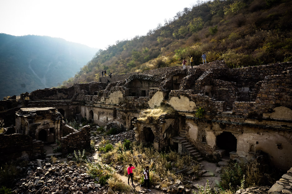 Inside India's most haunted place, Bhangarh Fort.