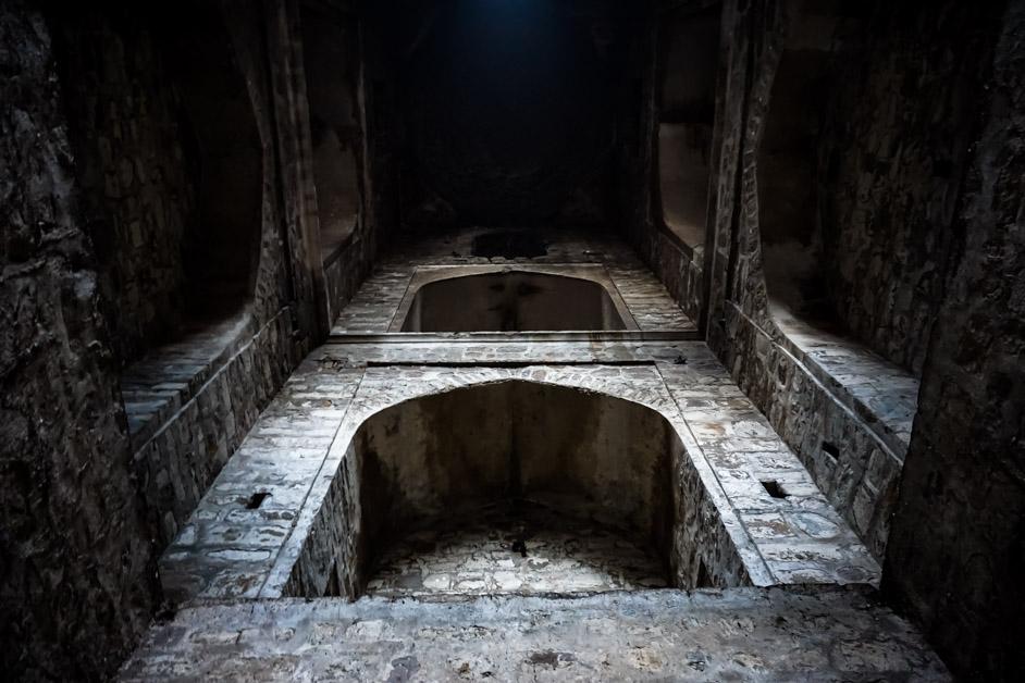 Inside Agrasen Ki Baoli