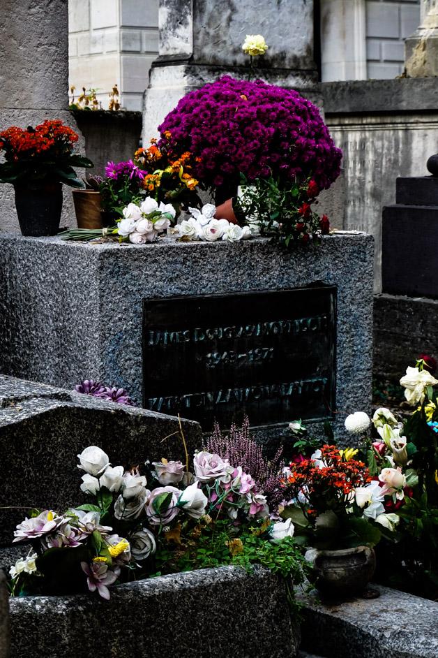 Jim Morrison grave.