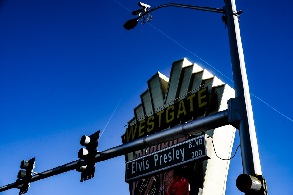 Westgate Hotel and Casino sign.