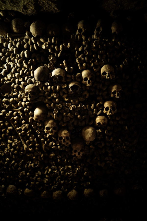 Love heart made of human skulls in the Catacombs of Paris.