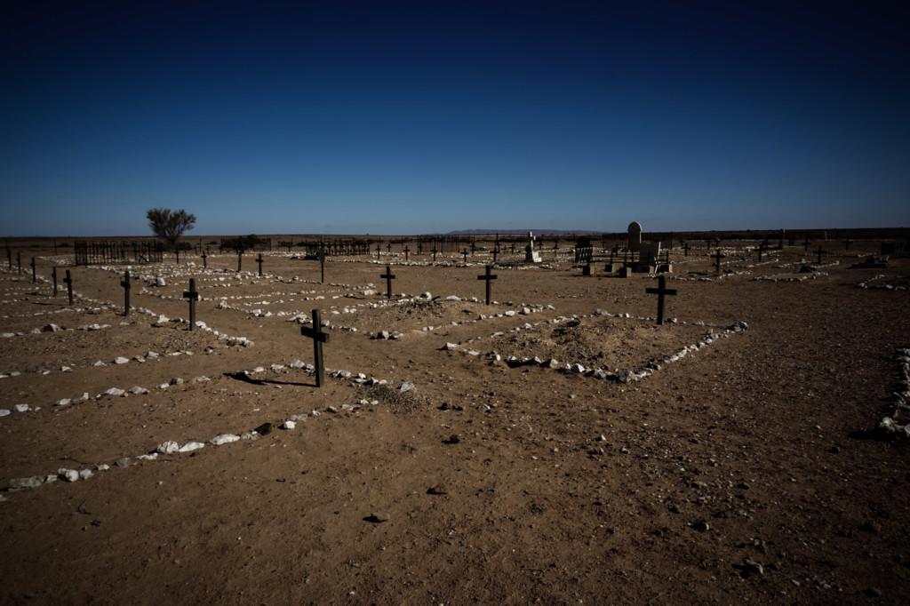 Farina ghost town cemetery.