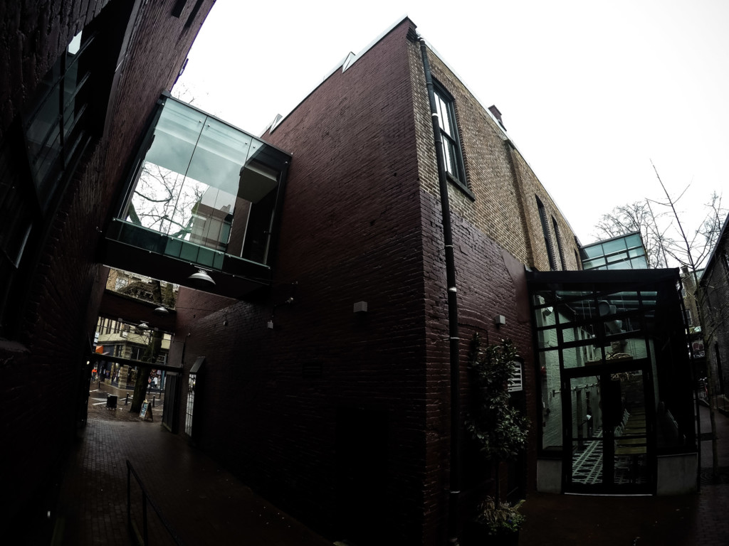 Haunted execution site, Gaoler's Mews.