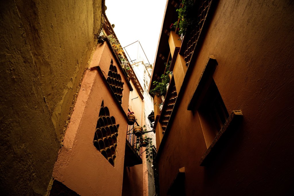 Guanajuato Alley of the Kiss.