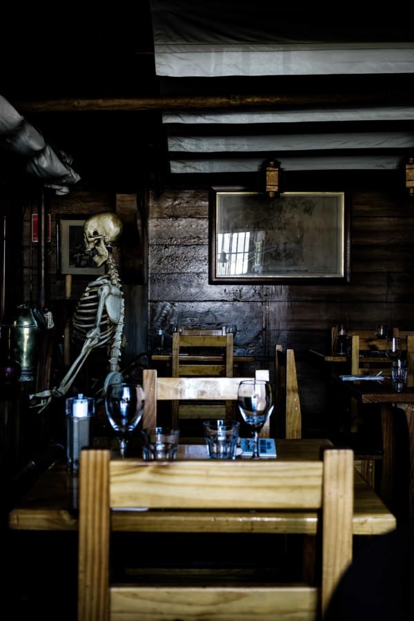 Skeleton at the haunted Drunken Admiral.