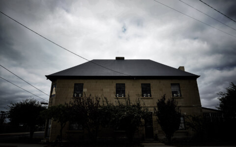 Haunting of the Blue Bell Inn, Tasmania