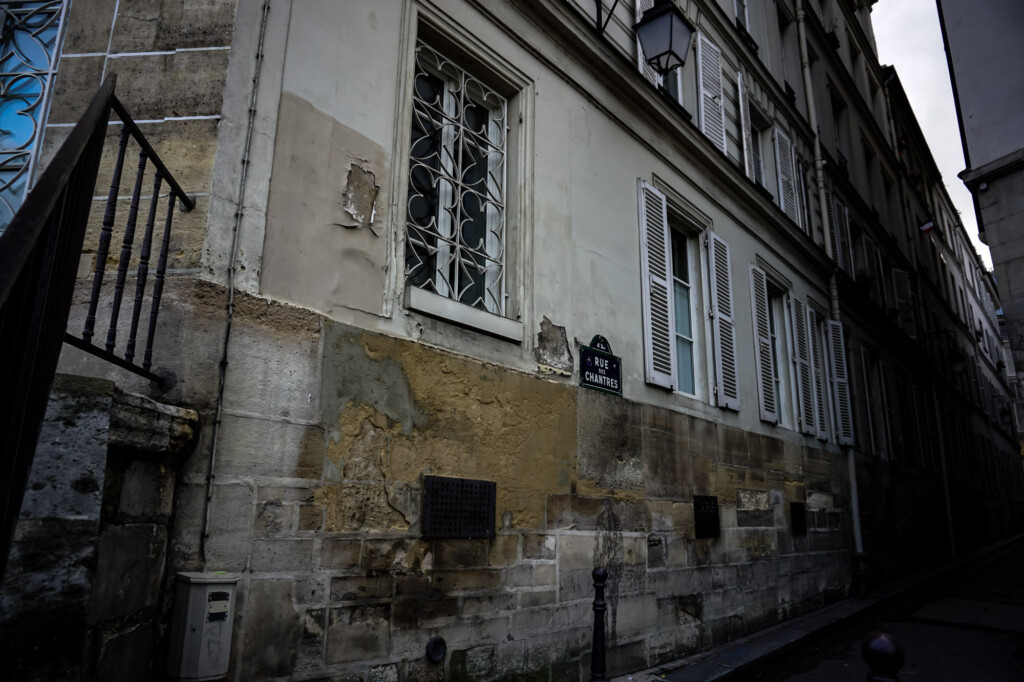 Rue Des Chantres haunted by child ghosts.