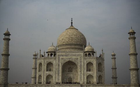 The Taj Mahal: 5 Creepy, Dark Stories