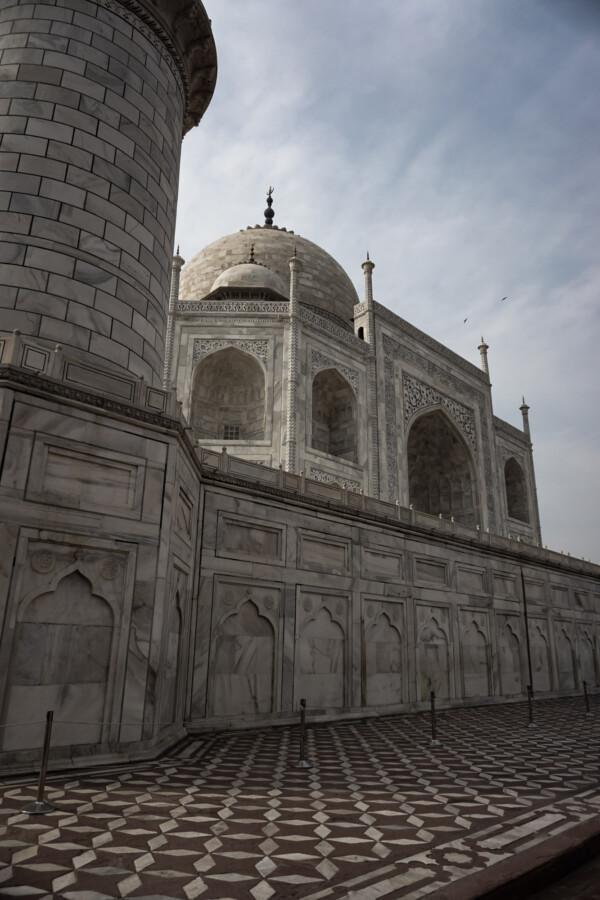 Supernatural events at the Taj Mahal.