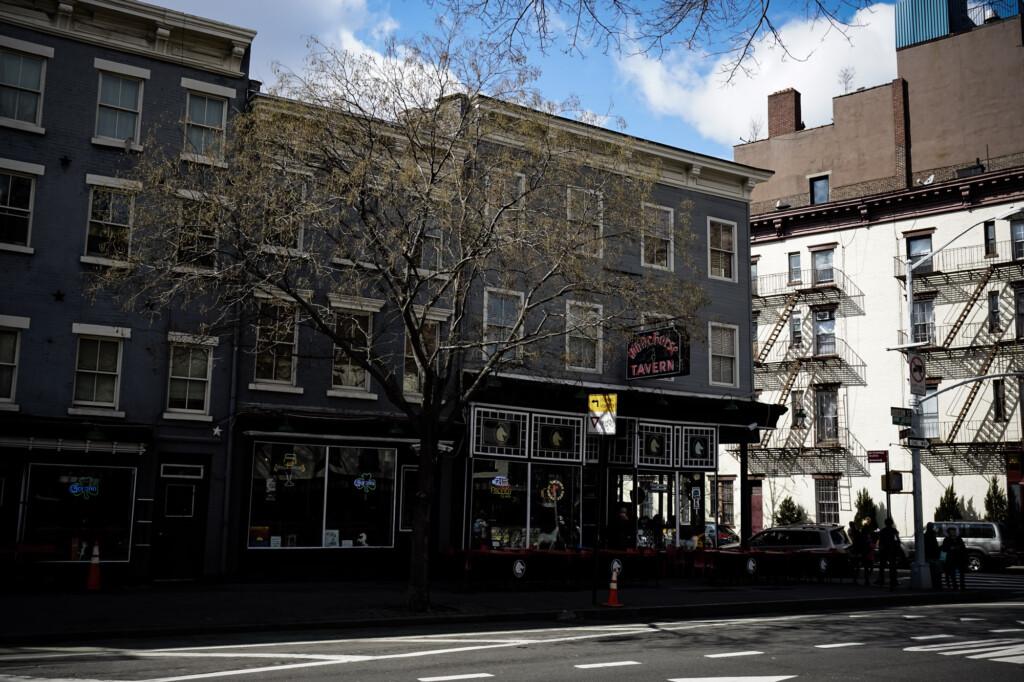 Haunted New York White Horse Tavern.